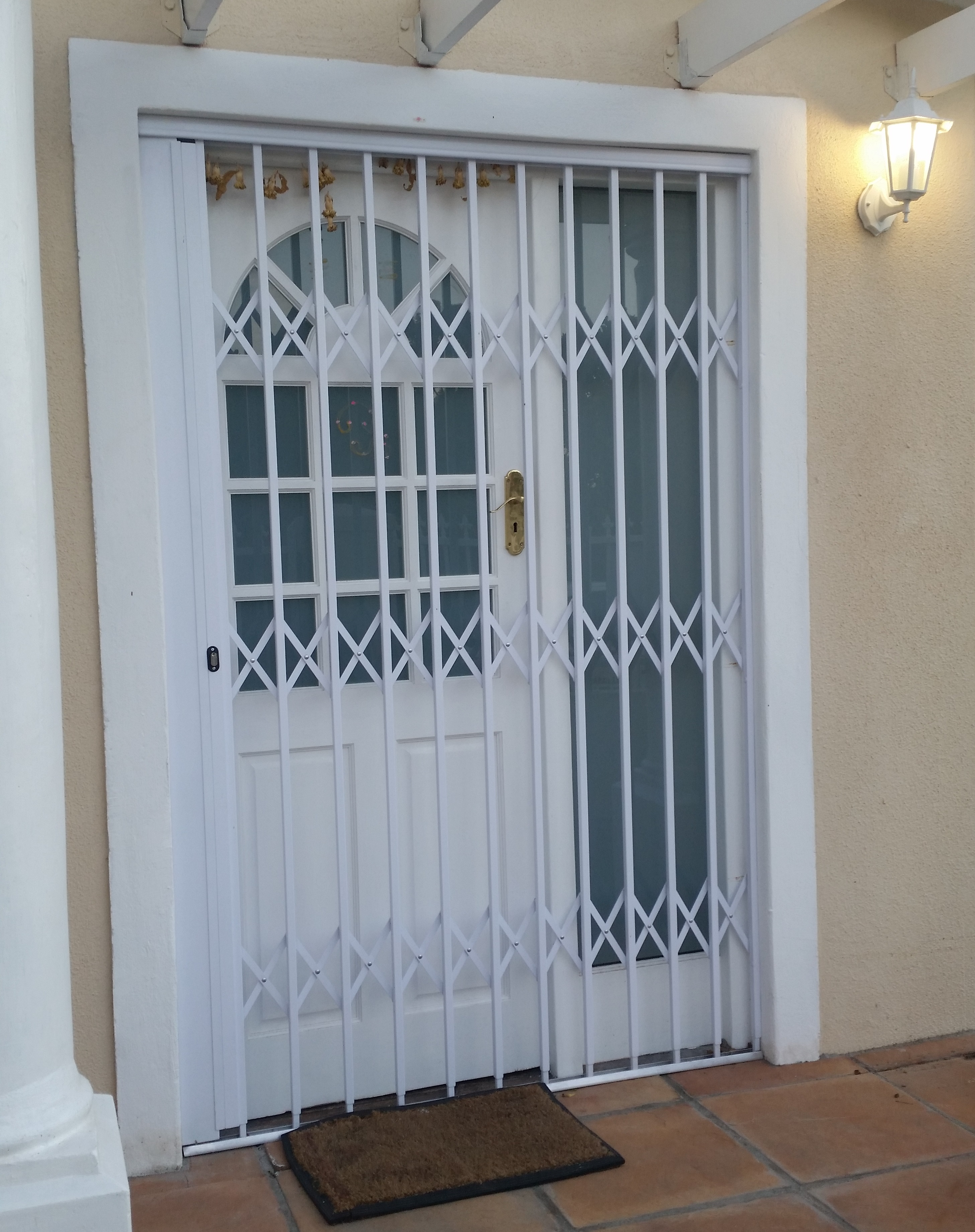 Trellis Door & Trellis Expanding Doors - J\u0026D Ship Group